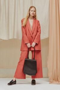 resort-2016-runway-trends-10-pink-suits-04
