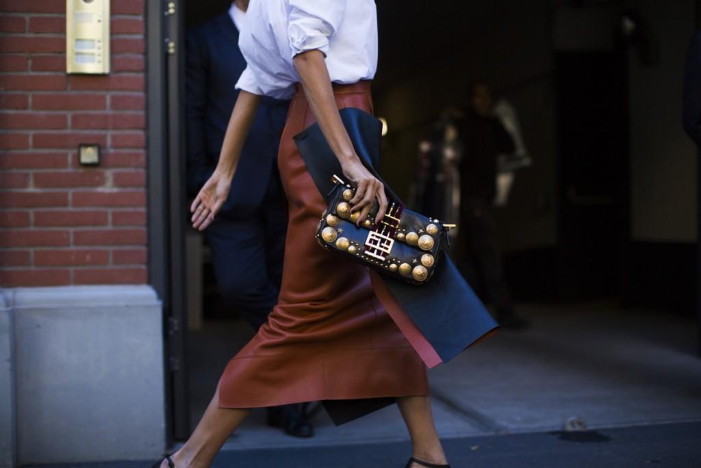 sokak-stili-2015-sokak-stili-ilkbahar-yaz-2016-milano-moda-haftasi-i92a5318-copy